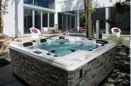 Piscine creus e piscine hors terre piscine en c dre spa for Club piscine st jerome heure ouverture