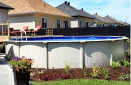 Piscine creus e piscine hors terre piscine en c dre spa for Installer une piscine hors terre